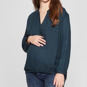 Isabel Maternity by Ingrid & Isabel Tops - Isabel Maternity By Ingrid & Isabel • V Neck Top